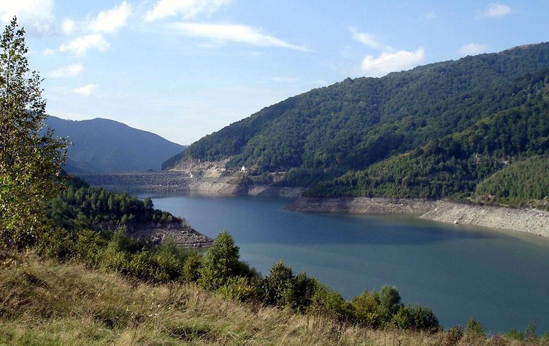 Barajul Poiana Marului